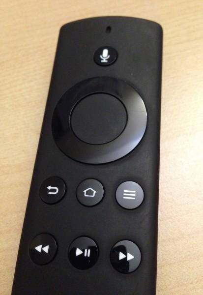 Die mitgelieferte Fernbedienung des Fire TV